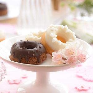 【春華堂】BAKED SAKURA CAKE<br>ちょっとした贈りものにも◎