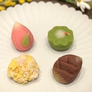 【春華堂】4月の上生菓子のお知らせ